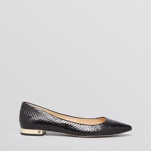 well loved Tory Burch bedfor flats in black 7 1/2